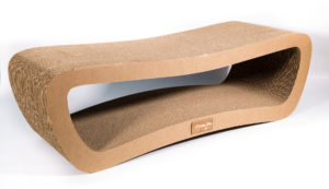 Лежанка-когтеточка Strender XL